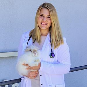Dr. Arbona